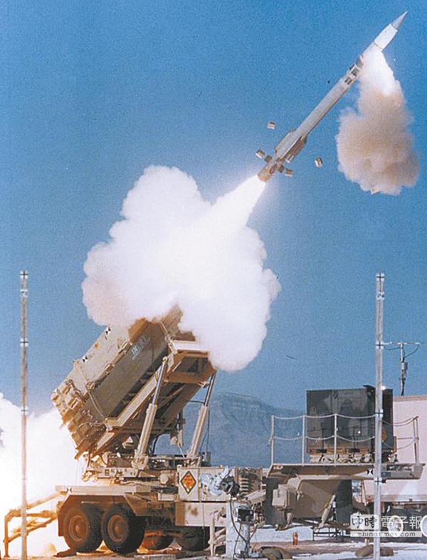 爱国者导弹发射。(台媒图)