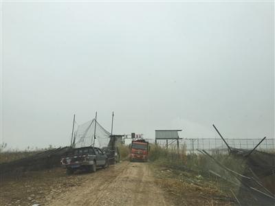 洞庭湖拆网后渔民抱头痛哭 称政府曾鼓励发展(图)