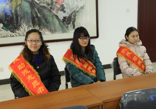 天津手语联盟 用手语传递温暖 让聋哑人听见世界