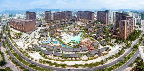 据了解,青岛红树林度假世界作为中国北方最大的海滨度假目的地综合体