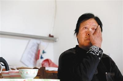 2018-12-03,聶樹斌的母親張煥枝接受媒體采訪,回憶兒子當年被抓過程。資料圖片周崗峰攝