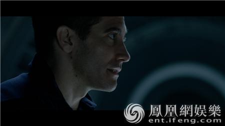 《异星觉醒》曝拯救片段 女宇航员太空遇险惊悚升级