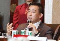 张莹:工业转型需要金融、互联网和服务业支持