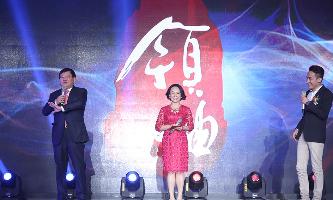 14年精彩瞬间-(挑战环节-左:王小川,右:吴睿)