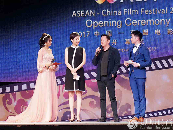 蒋雯丽亮相2017东盟电影节 让不同文化背景的观众了解图片