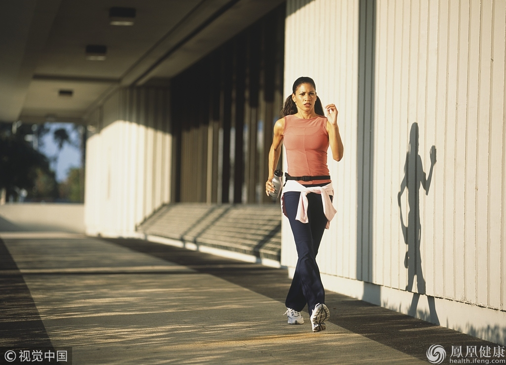 步行是最好的运动 每天到底走多少步最佳?