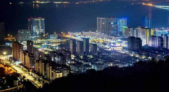 """欢迎来到""""中国最美海岛旅游休闲度假目的地""""——普陀"""