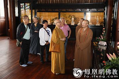 新加坡佛教总会会长广品法师访问厦门鸿山寺_法师-山寺-佛教-新加坡-弘法