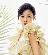 阚清子质感大片 多变造型演绎夏日新风尚