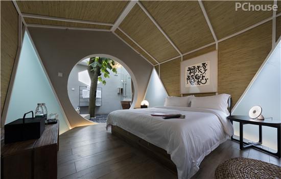 客房设计(树屋) 内部空间布局:客栈分为3层,9间客房,每间客房都有独