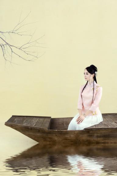 肚兜古曲杨丽雅首发歌手《蒹葭》1月23日演唱情趣内衣日本青年图片