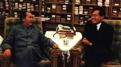 1971年,毛主席接见杨振宁。