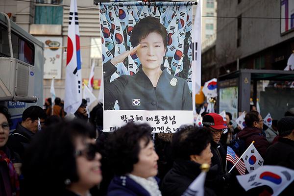 韩国8位法官全票通过弹劾案!朴槿惠下台(图) - 天在上头 - 我的信息博客