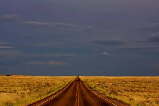△美国粮仓大平原-世界最长沙漠公路就在中国 北京出发一路美到新疆