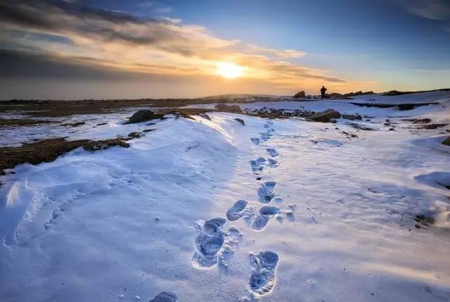许多人在这条道路上越走越远,每一次远行,都是一种心灵上的升华,每一步,都是对人生的诠释,对自然的热爱。
