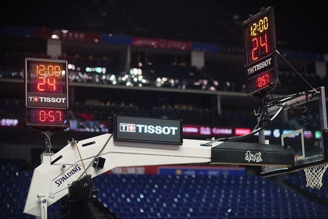 天梭全新NBA综合计时系统,图片来源于天梭。