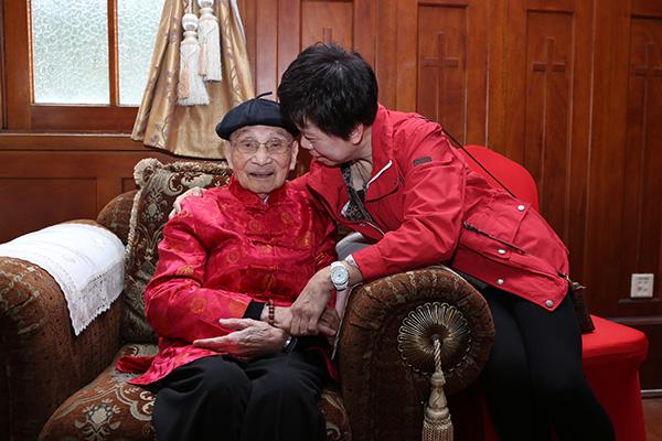 上海最高龄老寿星已110岁 百岁夫妻增至3对