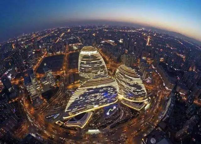 """望京风云录:""""韩国城""""、""""艺术区""""和""""扫码街""""_凤凰财经"""