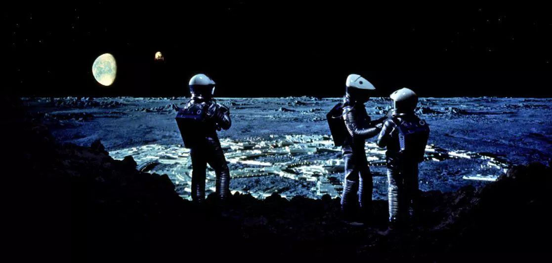 王小波:中国为什么没有科幻片? | 知识周刊