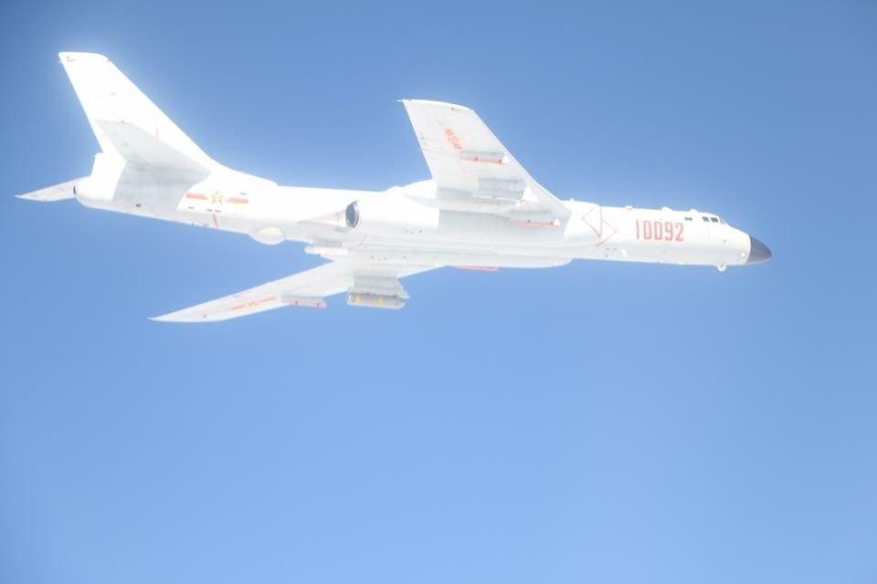 台��F-16�r截大���C被�埽毫⒓措x�_ 後果自�