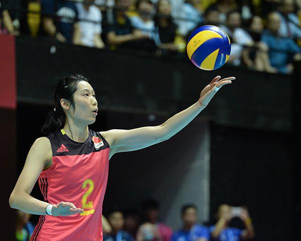 排球运动员朱婷:外媒为她造词、陈忠和赞她百年一遇