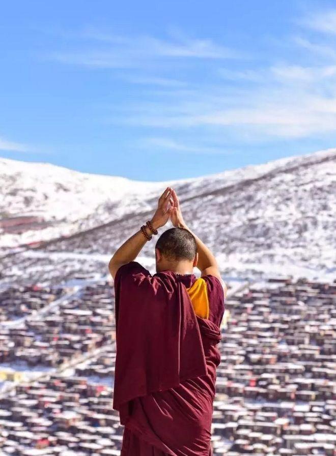 真正的佛系旅行竟如此迷人 不来一次色达不知人间有天堂