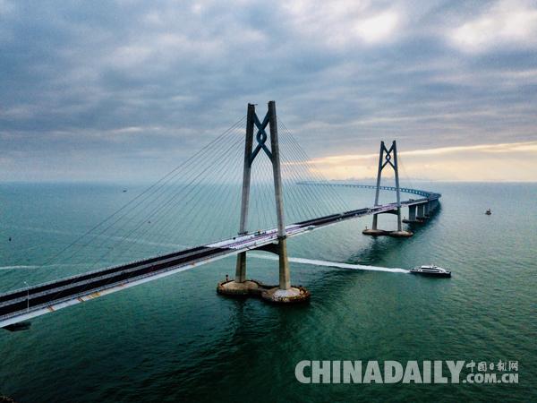知情人士 港珠澳大桥将于今年第二季度后期通车