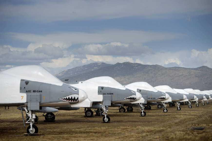 F-35仍不给力 空军位延寿A-10重开机翼生产线