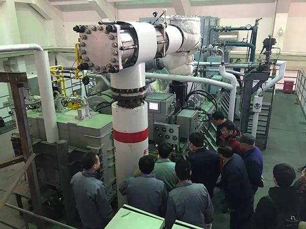 中国最大容量船用汽轮发电机组告捷 有完全产权