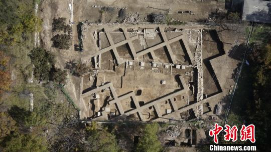琉璃寺遗址发掘全景鸟瞰图钟欣摄