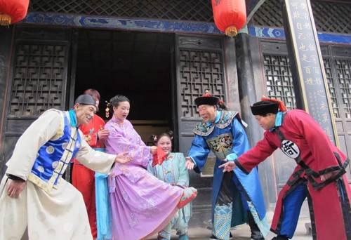 内乡县衙年味浓传统民俗盛宴为四方游客新春助兴