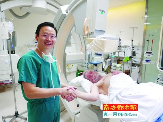 外国专家搞砸的心血管病患 这位中国医生1分半疏通了