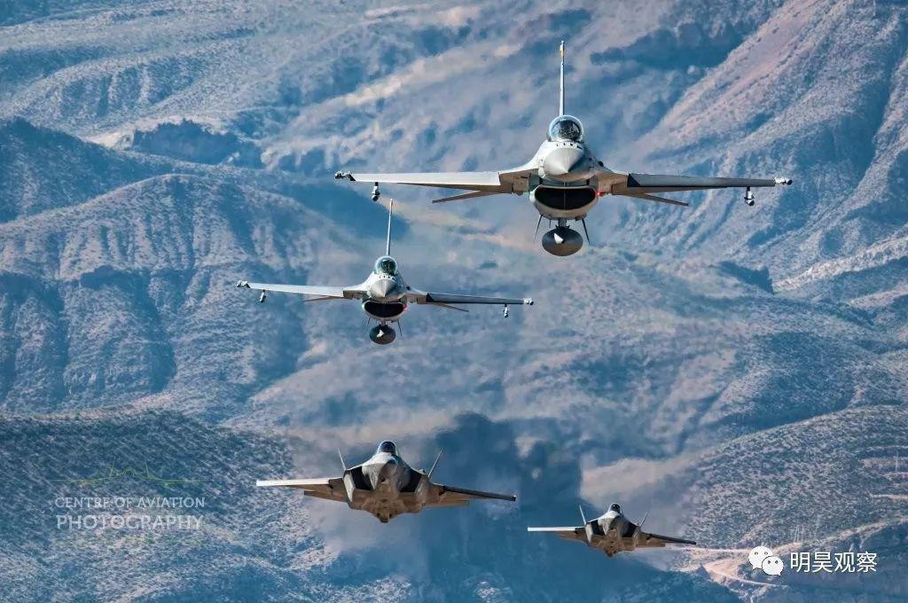 荷兰飞行员曝光F-35格斗能力:坐着打天下第二