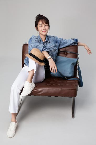 杨紫担任Fossil全球形象代言人