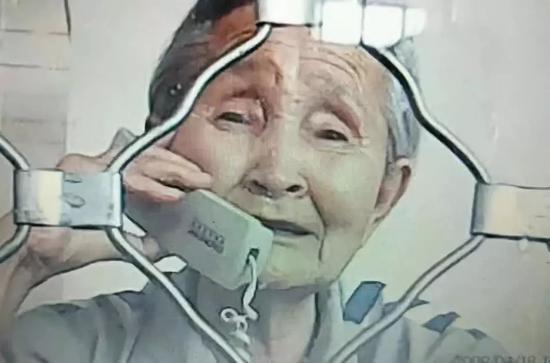 85岁老人保外就医遭拒 与法治精神不符与人道主义相悖