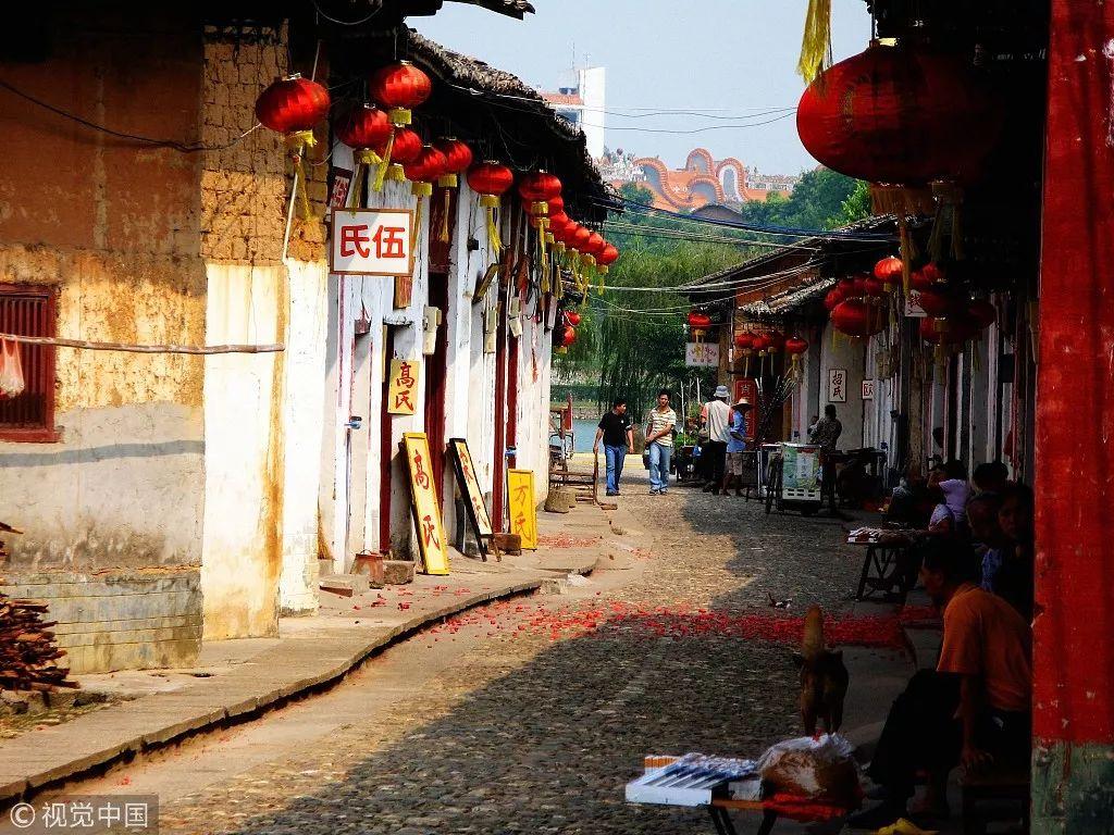 凤凰网旅游11月最佳目的地:秋末冬初 将缤纷的色彩拾进行囊里
