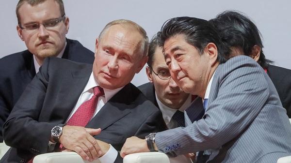 克里姆林宫:普京与安倍将于下周在新加坡举行会晤