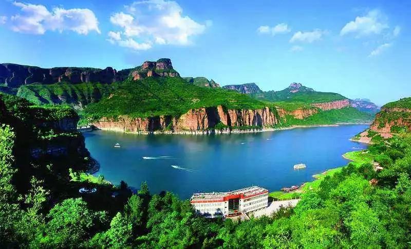 秦王湖.webp.jpg