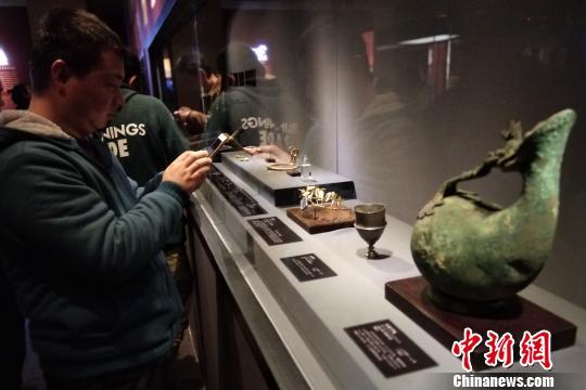 """百余件""""丝路""""文物亮相陕西历史博物馆力邀美院师生观展临摹"""