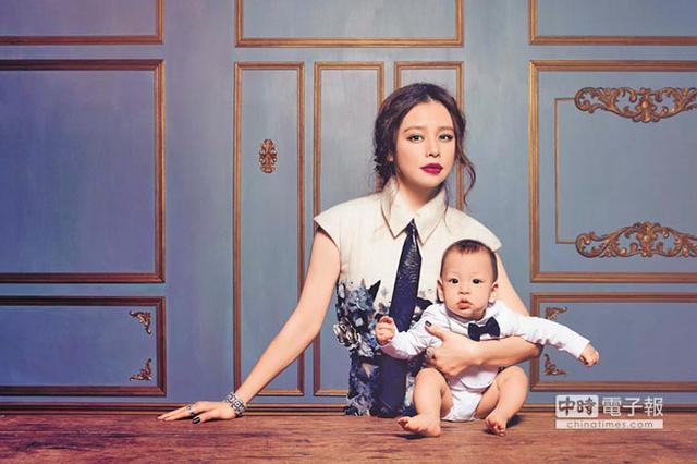 [爱八卦]徐若瑄:童年差点被卖掉 妈妈坚持留住了我
