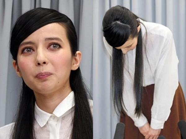 日本小三女星在镜头前崩溃痛哭 向正房谢罪 [有看点]