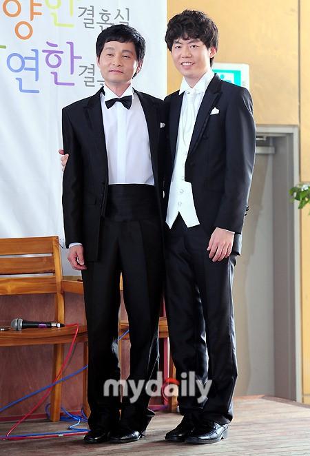 韩国导演申请同性结婚被驳回 一对恋人将再上诉【星看点】