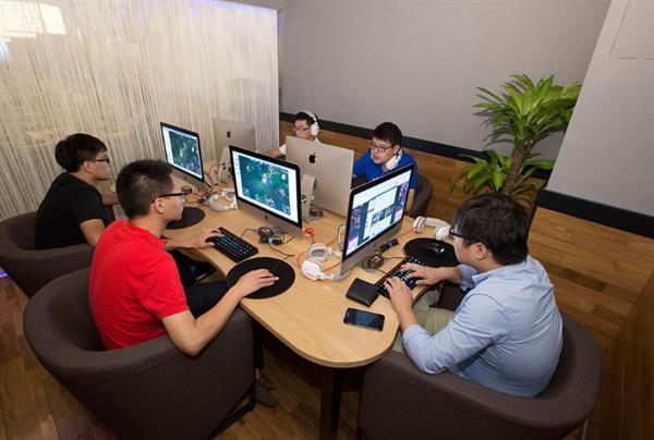 中国网吧变迁史:随风而逝的青春