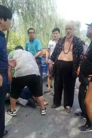 【星娱TV】李琦方司机当场死亡 违章停车恐担连带责任