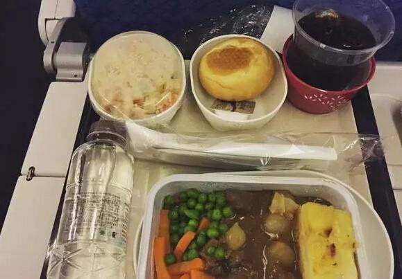 各大航空公司飞机餐对比 究竟哪家是你的菜?