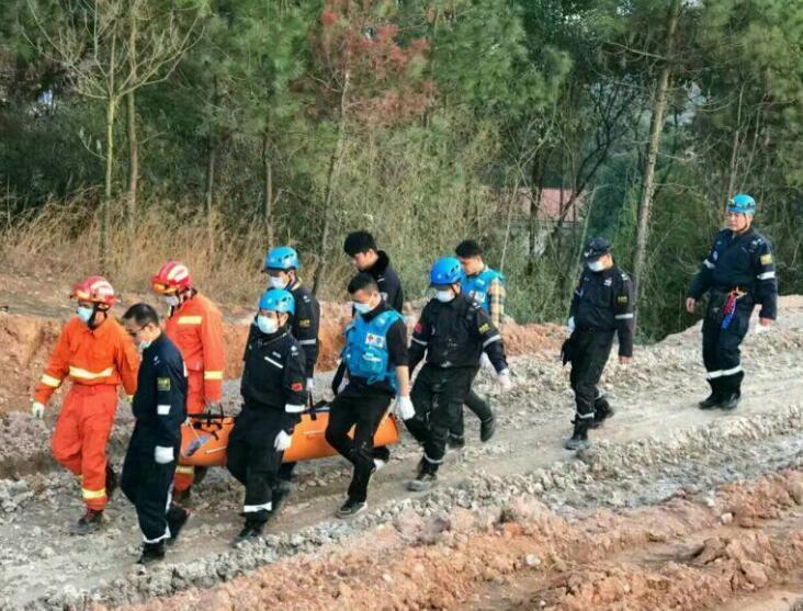 岳阳县八旬老人进山失联 被发现溺亡山下沼泽地