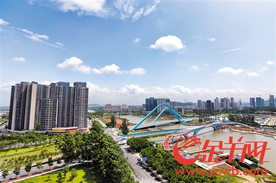 """PM2.5达标背后的环境治理""""广东模式"""""""