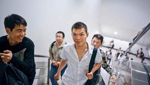 越南少女洞房行为吓傻中国男人- 晓峰- 晓峰