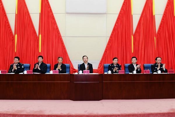 人事任免 | 范华平同志任海南省公安厅党委书记