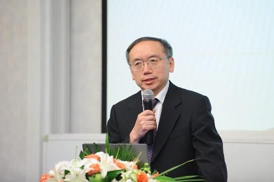 王小鲁_王小鲁:国企改革并非为了强化政府控制 关键要提高效率_凤凰网 ...